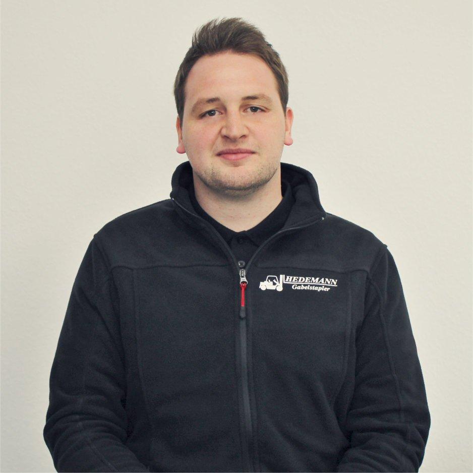 Timo Meyer zuständig für Ersatzteile und Bestellungen
