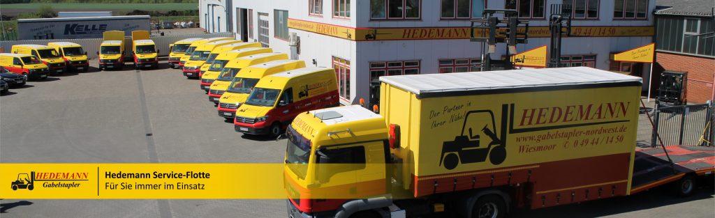 Unsere Service-Flotte, alle Service-Bullis und der LKW